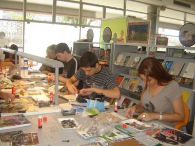 Oficinas Biblioteca De So Paulo 20110203 1742475235